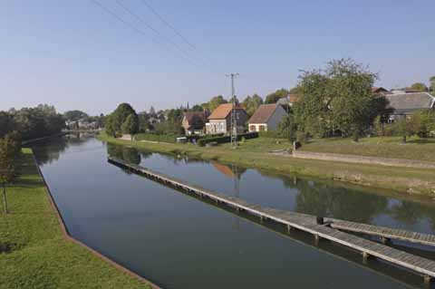 CANAL FONTAINE LES CLERCS